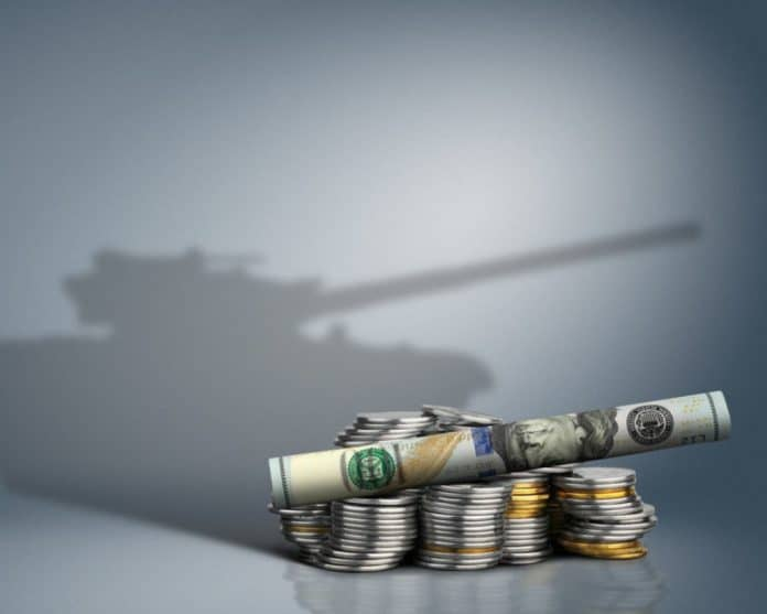 defense budget_canstockphoto44945983 1000x800