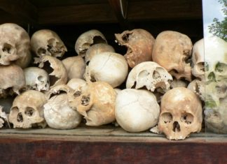 khmer rouge prison in cambodia