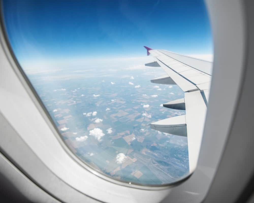 Airplane Window View Canstockphoto14983193 1000 800 Florida Daily