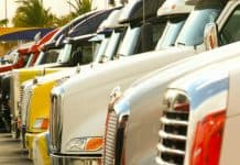 trucking_canstockphoto1663141 1000x800
