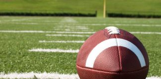 football canstockphoto4265889 1000x800
