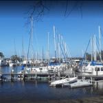 bluewater bay marina_photo by kurtis cheatham 525x420