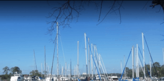 bluewater bay marina_photo by kurtis cheatham 525x420